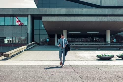 Comment investir en soi-même en tant qu'entrepreneur ?